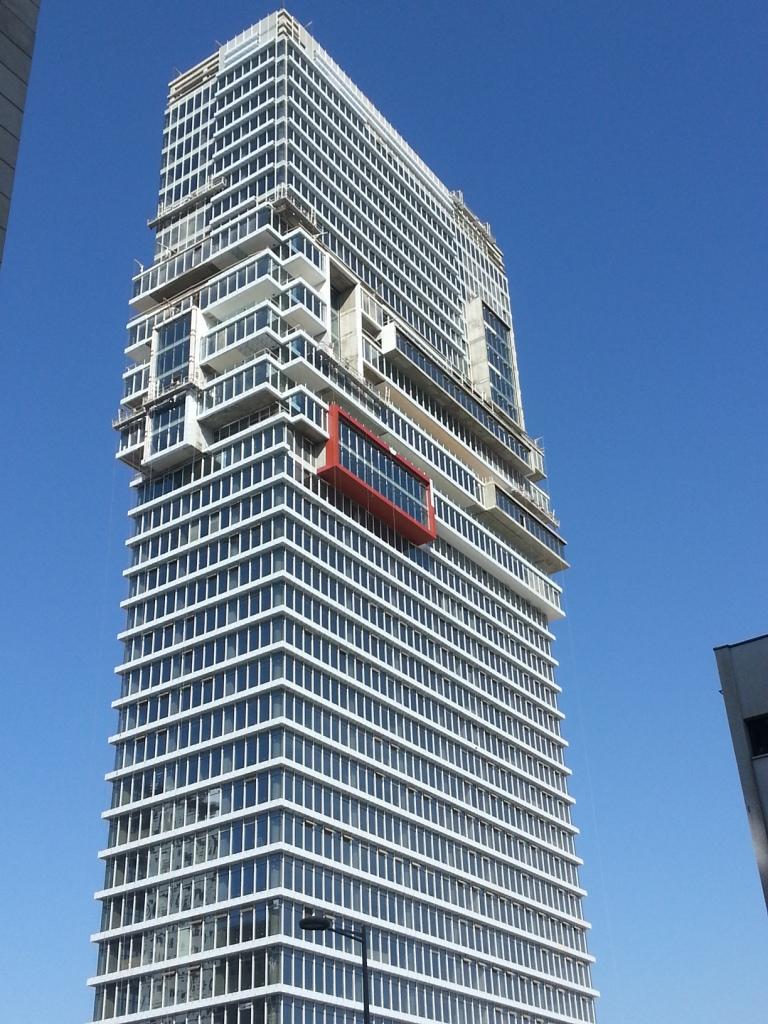 מגדל  בסר משרדים מפואר בבני ברק